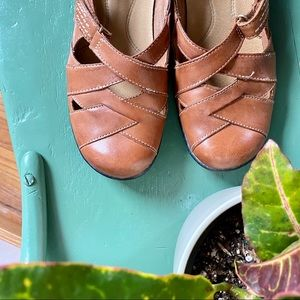 Clark's Mary Jane Shoes Brown Leather 7.5